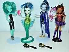 Monster High Dolls,Great Scarrier Reef Frankie,Honey Swamp,Clawdeen Wolf. Elee