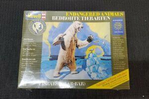 Revell Germany Polar Bear Endangered Animals Model Kit Complete 1991 **RARE**