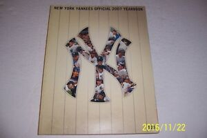 2007 NEW YORK YANKEES Yearbook TORRE Derek JETER Matsui RODRIGUEZ Mariano CANO