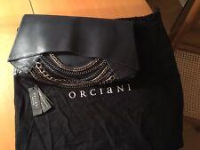 83fb85e8d6 Sac à mains/clutch/pochette de soirée Orciani en cuir et chênes métalliques.