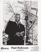 Vintage Press photograph PAUL ROBESON AT PEACE ARCH PARK - Folk Era Records