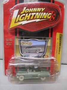 Johnny Lightning White Lightning Classic Gold '50 Oldsmobile Super 88