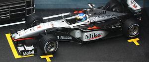 Hot Wheels McLaren Mercedes MP4-14 Mika Hakkinen 1999 Diorama 1:24