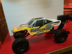 Axial ax10 scorpion crawler