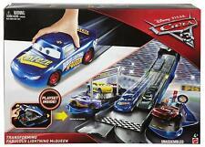 Disney Cars FCW06 Cars 3 Transforming Fabulous Lightning Mcqueen Playset