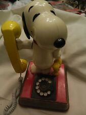 VINTAGE 1976 SNOOPY & WOODSTOCK AMERICAN TELECOM CORP. ROTARY PHONE