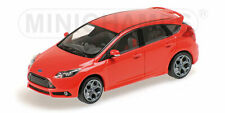 Minichamps 1:43 Ford Focus ST 2011 - red