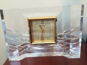 Bulova Hoya Crystal Quartz Clock