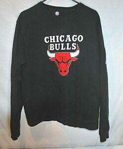 Chicago Bulls NBA Crewneck Sweatshirt Size XL Men's Black, Red, And White .