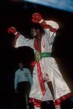 Old Boxing Photo Larry Holmes Gets Ready Before The Fight Against Randall Cobb