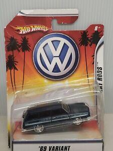 1969 Volkswagen VW Variant 1/50 Blue Hot Wheels Rat Rods New