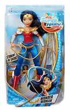 DC Superheld Mädchen 30.5cm Wonder Woman AKTION FIGUR NAGELNEU