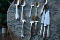 silverplate  Rogers Bros 1930 , Silhouette, lot of 25 Flatware pieces 1847
