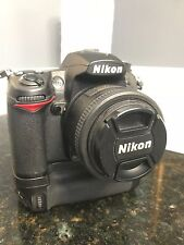 Nikon D7000 dSLR Camera with 18-200mm and 35mm lens + Speedlight! USA body!