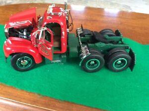 First Gear Eastwood Automobilia 1/50 #40-0001 '60 B-61  Mack tractor tandem axle