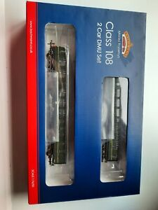 NEW BACHMANN 32-900C CLASS 108 2 CAR DMU BR GREEN WITH SPEED WHISKERS