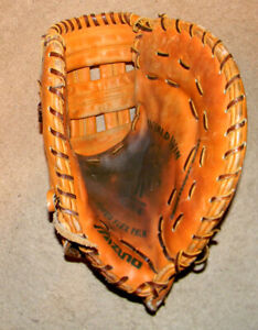 MIZUNO GFB-6 Professional Model First Baseman's Glove - Preowned -Excellent Cond