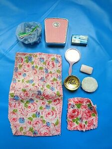 Vintage 1960's Skipper and Skooter Barbie Doll  Beauty Bath Accessories RARE
