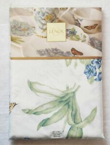 """LENOX Oblong Fine Linen Tablecloth BUTTERFLY MEADOW BLUE 60"""" x 84"""""""