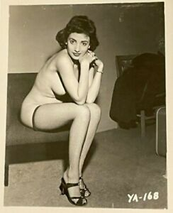 Vintage Silver Gelatin Trimmed Nude Vicky Palmer Perfect Tits & Nipples Risque