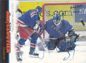 Dan Cloutier Autograph 99-00 Pacific Rangers Card Lightning - Canucks