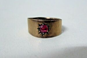 VINTAGE RED STONE SETTING 9 CT 375 GOLD RING