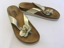 Tabarca by Pepa Womans Sandals Thongs Shimmer Gold Leather Flower Padded Sz 40