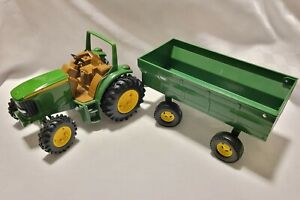 John Deere Toy Farm Tractor And Trailer Green ERTL