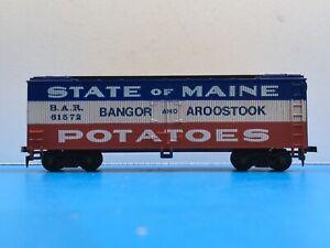 "HO Scale ""Bangor & Aroostock - State Of Maine Potatoes"" 61572 Freight Train Box"