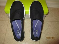 Easy Spirit e360 Quirky Women Round Toe Canvas Loafer ( 6 )