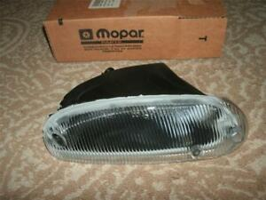 NEW MOPAR OEM  Left Front Fog Lamp 4778221