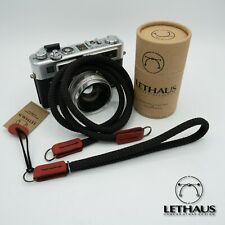 LETHAUS // COMBO NECK & WRIST STRAP //  (BLACK / RED)