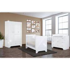 Hochglanz Babyzimmer 4-tlg. Memi in weiß mit 3-türigem Kleiderschrank