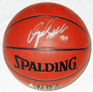 DOMINIQUE WILKINS HAND SIGNED AUTOGRAPHED NBA BASKETBALL! HALL OF FAME! W/PROOF!