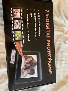 7in Digital Photoframe