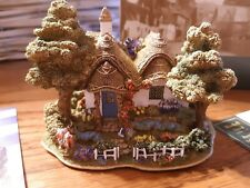 """Lilliput Lane """"Bluebell Wood"""" Mint in box with deed L2711 British collection"""