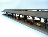 Sehr langer Bahnsteig RHEINBURG 3-gleisig 580 mm ! BELEUCHTET Spur N D0450