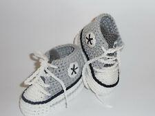 Babyschuhe Babychucks Sneaker Turnschuhe gestrickt gehäkelt weiß silber grau Neu