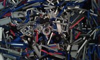 Lego Technic 1000 + genuine new mixed spare part's job lot