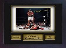 Boxer Muhammad Ali signed autograph WORLD CHAMPION  Boxing Memorabilia Framed