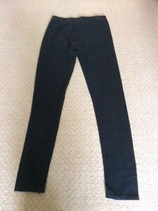 Girls F&F black leggings 12-13 yrs - Used