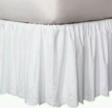 New NWOP Simply Shabby Chic While Eyelet Scalloped Dust Ruffle Bed Skirt King