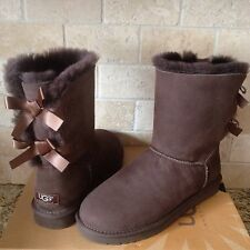 UGG SHORT BAILEY BOW CHOCOLATE BROWN SUEDE SHEEPSKIN BOOTS SIZE US 8 WOMENS