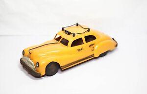 Triang Minic New York Taxi - Excellent Vintage Original Clockwork Model