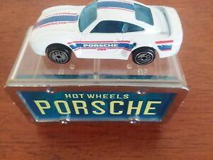 Hot Wheels Porsche 959 Park 'N Plates