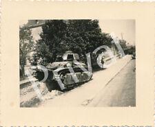 Foto WK 2 Panzer tank réservoir Beute abgeschossen France Frankreich A1.40