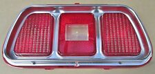 1971-1973 MUSTANG TAILLIGHT BEZEL AND LENS ASSEMBLY W / FORD LOGO -  2NDS