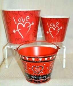 U Pick BURTON Graffiti HEART Bucket Melamine or METAL RED Hearts LOVE Valentine