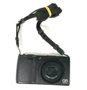 RICOH GR Digital II 10.1 MP Compact Digital Camera Black GOOD CONDITION GRADE B