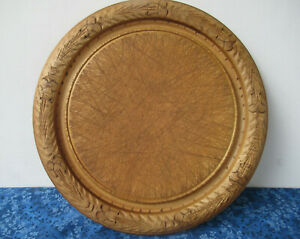 """Vintage Old Round Bread Board, Carved Border 12"""" Diam, BRAMHALL WOODWARE England"""